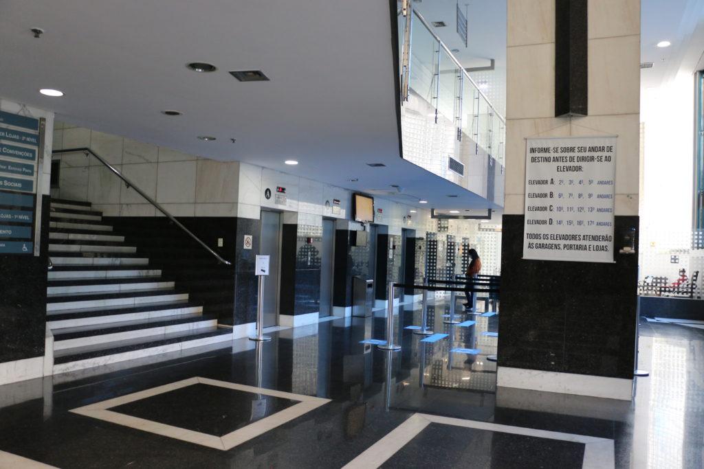 life-center-hall